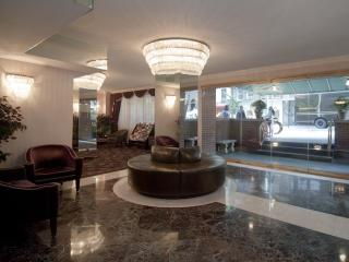 Furnished Studio Apartment at 3rd Ave & E 39th St New York - Bay Shore vacation rentals