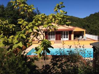 Villa Clara, Pool, Wifi, Garden, tranquil position - Clara vacation rentals