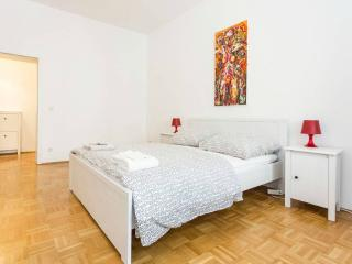 Nice Studio in the Heart of Mitte - Berlin vacation rentals