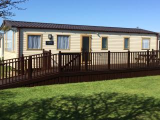 8 Berth Caravan on White Horse Bunn Leisure Selsey - Selsey vacation rentals