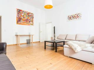 Beautiful apartment right in Mitte - Berlin vacation rentals