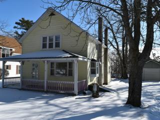 4 bedroom House with Internet Access in Beaver Island - Beaver Island vacation rentals