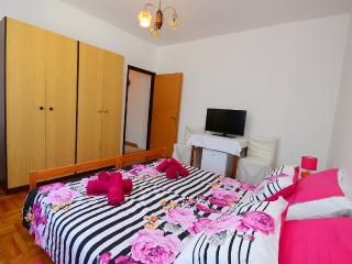 Apartment Rose - Porec vacation rentals