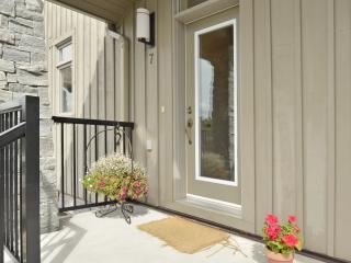 Nice House with Dishwasher and Patio - Gravenhurst vacation rentals