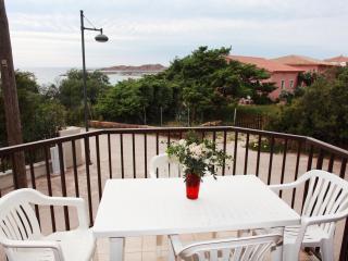 Appartamenti Ideal Trilocale 6 - Isola Rossa vacation rentals