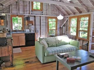 Cottage Near the Water in the Heart of So. Bristol - South Bristol vacation rentals