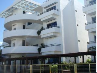 Beautiful 2 bedroom Villa in Puerto Morelos - Puerto Morelos vacation rentals