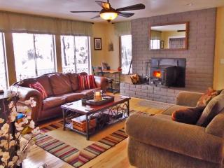 Modern-Rustic Retreat Home Near Downtown Flagstaff - Flagstaff vacation rentals
