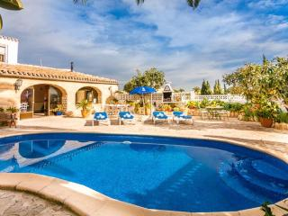Nice Villa with Internet Access and Dishwasher - Canor vacation rentals