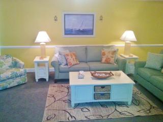 Free Bch Svc  Beautiful 3 br, spacious, Great view - Panama City Beach vacation rentals