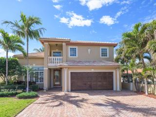 BEACH HOUSE, Steps to the Beautiful Sand Beaches - Fort Lauderdale vacation rentals