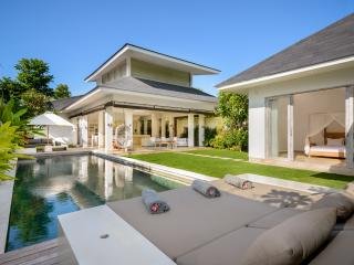 Villa MEIMEI - Beautiful Stylish & Cozy Villa - Canggu vacation rentals