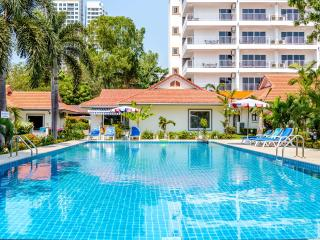 New Nordic 3 Bedroom Villa at Pratumnak - Pattaya vacation rentals