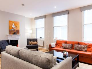 X-FACTOR! WESTEND! 3bed2bath QUIET! BIG! OXFORD ST - London vacation rentals