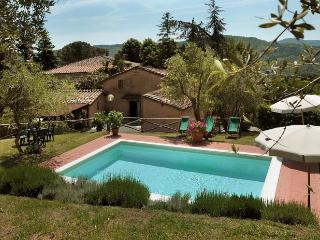6 bedroom House with Internet Access in Pescaglia - Pescaglia vacation rentals