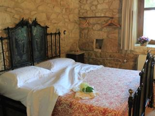 Nice Condo with Internet Access and Fireplace - Abbateggio vacation rentals