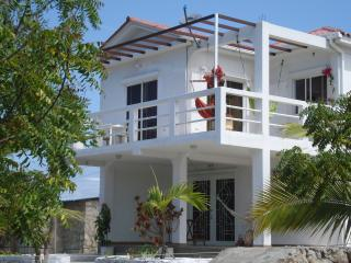 Perfect House with Television and Central Heating - Santa Elena vacation rentals