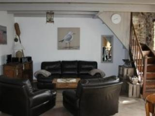 Nice Gite with Dishwasher and Kettle - Plougasnou vacation rentals