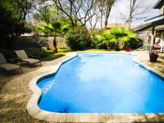 Private Pool & Hot Tub, Perfect Location - San Antonio vacation rentals