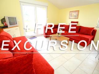 Solaris Apartment 6 - Sv. Filip i Jakov vacation rentals