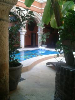 Gorgeous House with Deck and Internet Access - Cartagena vacation rentals