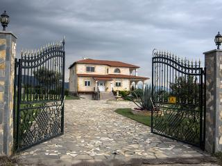 5 bedroom Villa with Internet Access in Asprovalta - Asprovalta vacation rentals