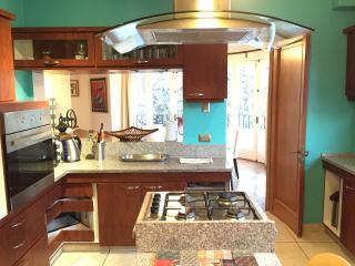 Apartemento familiar Eliodoro Yañez , Providencia - Santiago vacation rentals