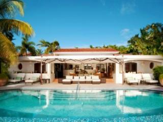 Lovely 3 Bedroom Villa on Harbour Beach - Image 1 - Saint George Parish - rentals
