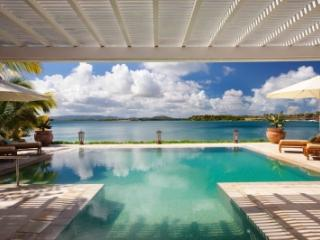 Beautiful 3 Bedroom Villa on Harbour Beach - Saint George Parish vacation rentals