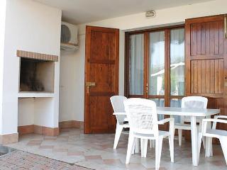 Comfortable 1 bedroom Lido di Volano House with Short Breaks Allowed - Lido di Volano vacation rentals