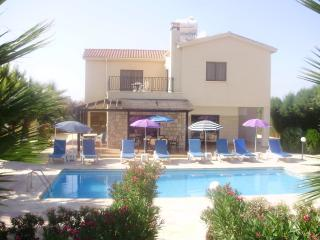 """Villa Melina 2"" in Kathikas Village - Kathikas vacation rentals"