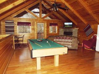 Romantic and Private Getaway Honeymoon Cabin - Gatlinburg vacation rentals