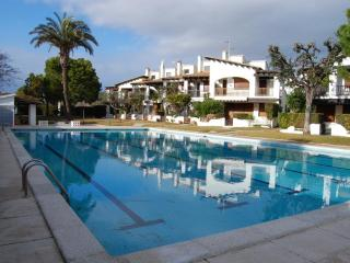 MARINE HOUSE ALORDA PARK - 3 Pools - 4 Rooms - Calafell vacation rentals