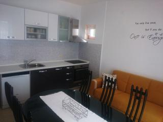 Raffaello - Apartment 6 - Kampor vacation rentals