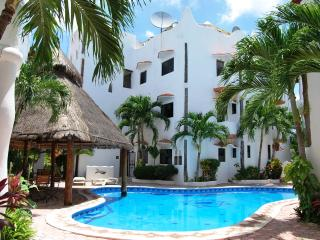 Depto Soleyluna 30 mt del mar - Playa del Carmen vacation rentals