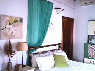 Charming 1 bedroom Private room in Plaka - Plaka vacation rentals