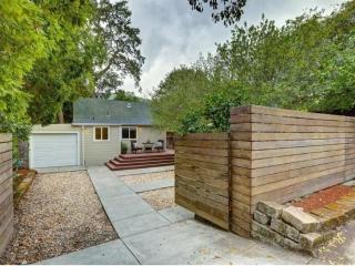 Furnished 2-Bedroom Home at San Anselmo Ave & Center Blvd San Anselmo - Atascadero vacation rentals