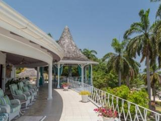 Excellent 8 Bedroom Villa at Tryall - Hope Well vacation rentals
