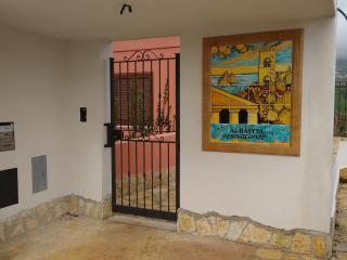 AlBasyta_casa vacanze Erice - Buseto Palizzolo vacation rentals