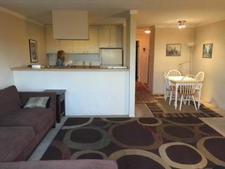 Furnished 1-Bedroom Condo at Oak St & Fallon St Oakland - Oakland vacation rentals