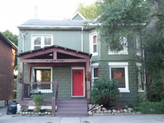 4 bedroom House with Internet Access in Barrie - Barrie vacation rentals