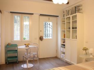 Milano Apartments - S.Agostino Zona Tortona - Milan vacation rentals