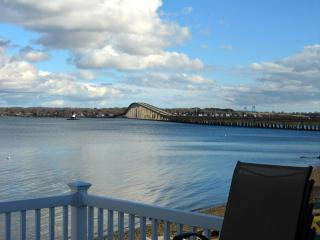 Waterfront, Narragansett Newport area - North Kingstown vacation rentals