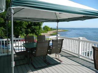 Waterfront, Narragansett Newport area - North Kingstown vacation rentals