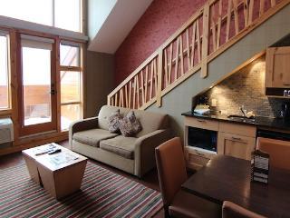 Banff Fox Hotel & Suites Premium 1 Bedroom + Loft Suite - Banff vacation rentals