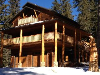 Perfect House with Hot Tub and Fireplace - Lead vacation rentals
