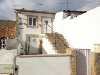 small fim de semana cottage. basic accomadation - Penela vacation rentals