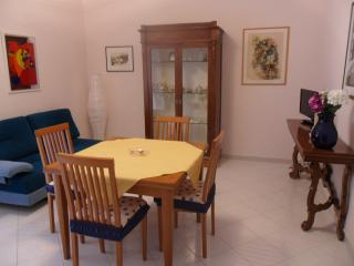 Cozy 2 bedroom San Martino in Pensilis Apartment with Internet Access - San Martino in Pensilis vacation rentals