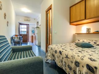 CASA VACANZA VESPUCCI3 - Sperlonga vacation rentals