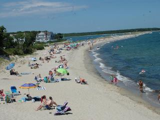 Popponesset Beach-4 minute walk to beach, Uncle Ed - Mashpee vacation rentals